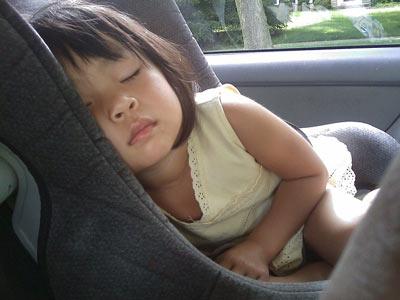 sleeping-in-an-awkward-position